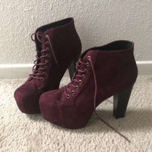 Platform high heeled booties